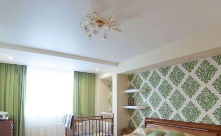 классический натяжной потолок