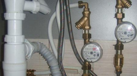 вертикальный монтаж счётчиков на воду