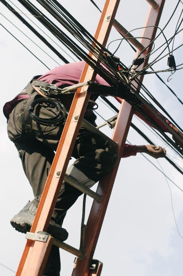 электромонтажные работы всех видов